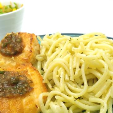 Salmón con salsa oriental y espaguetis al burro